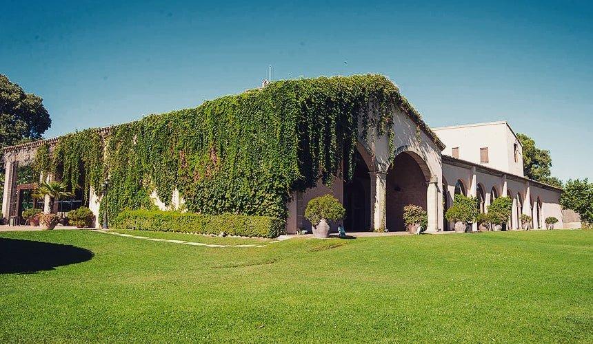 Masia Mas Bonvilar Barcelona wedding venue