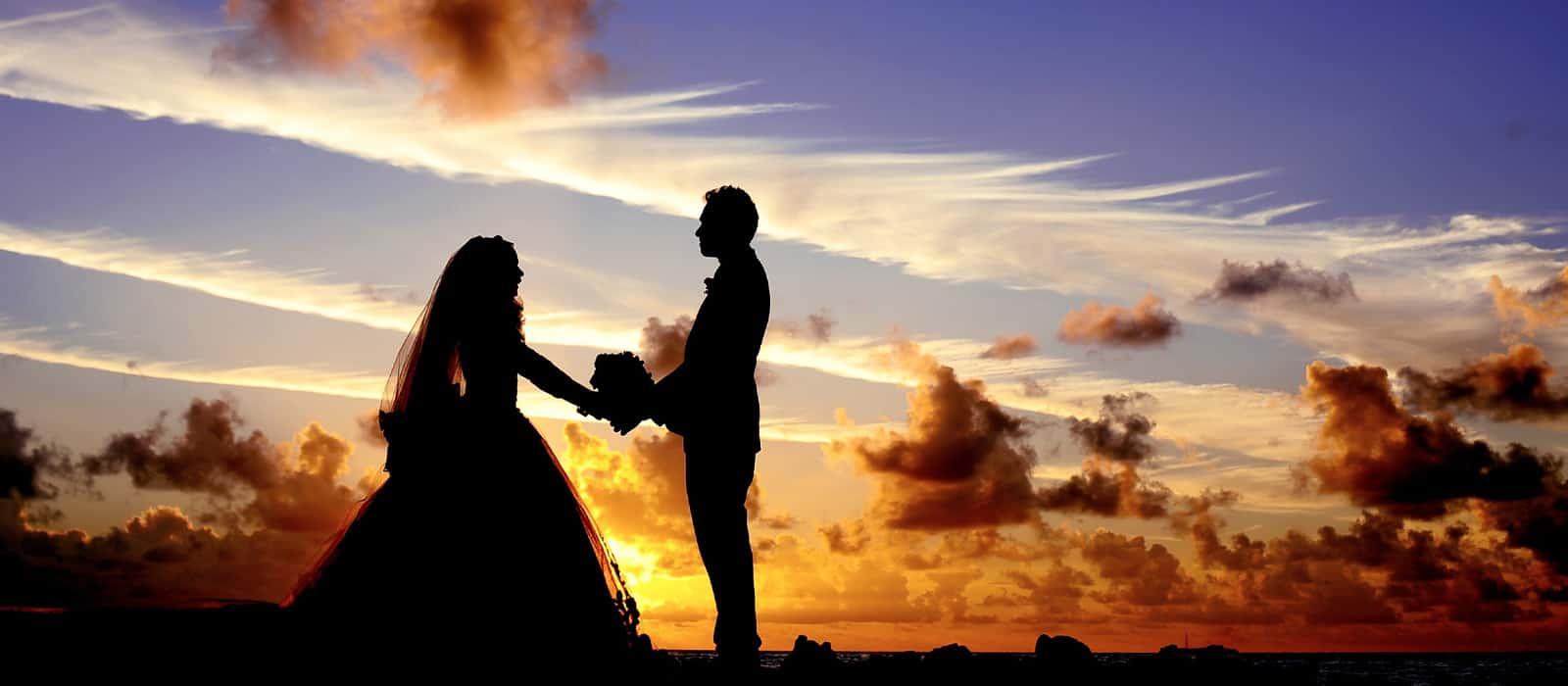Destination wedding couple on the beach