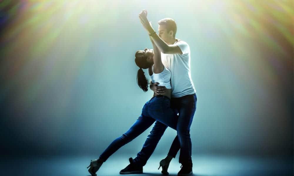 Bailar Bachata en tu Boda