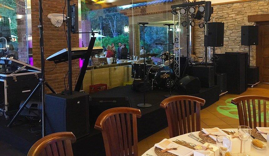wedding band musicians setup