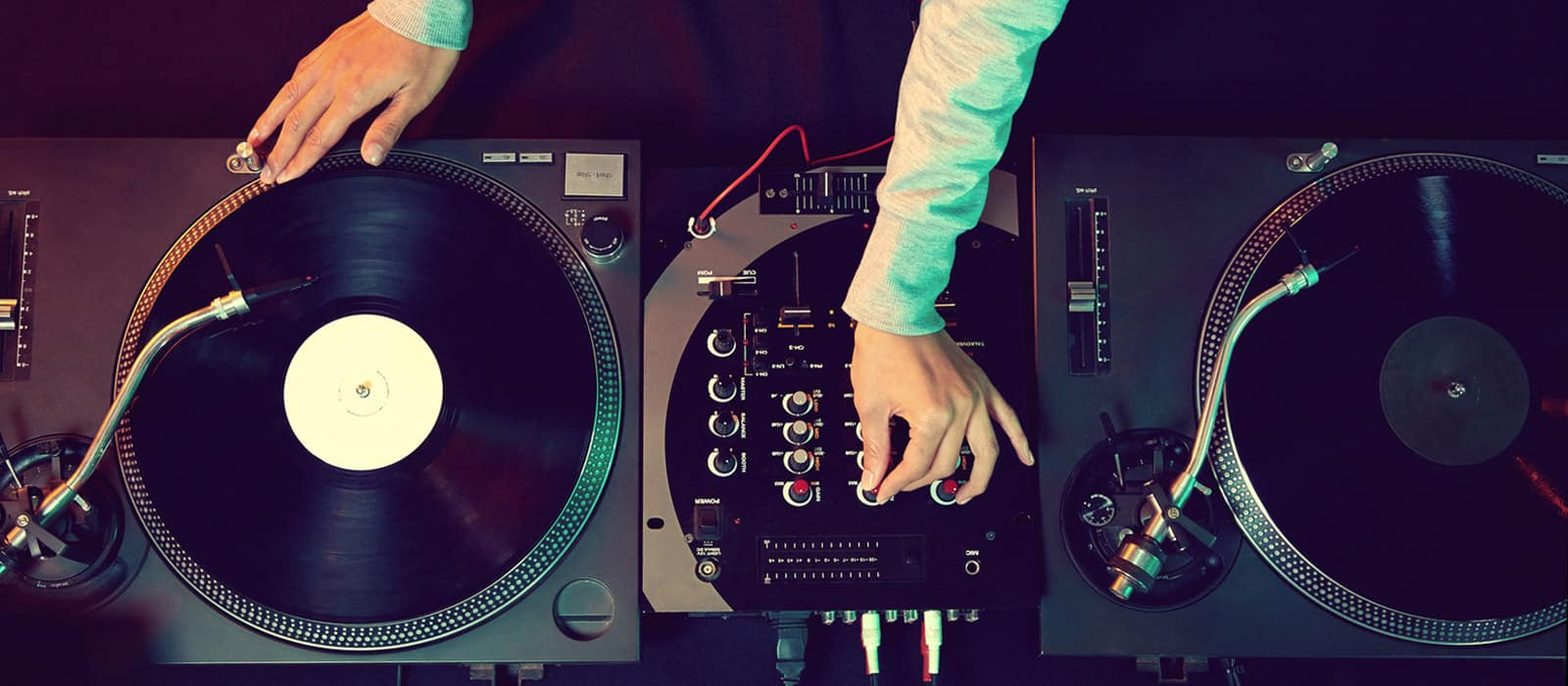 Wedding DJ in session